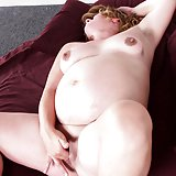Sexy solo clip of a pregnant blonde running her hands all over her tits and wet pussy