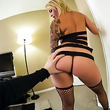 Sexy tiny hooker gets her client off all over hr face. Daisy Monroe