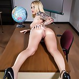 Daisy spreads her pussy in the classroom