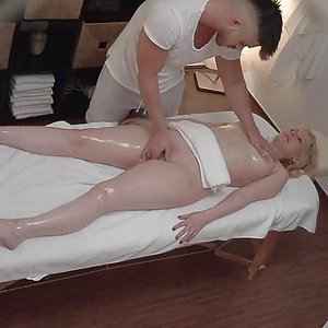 CZECH MASSAGE 359