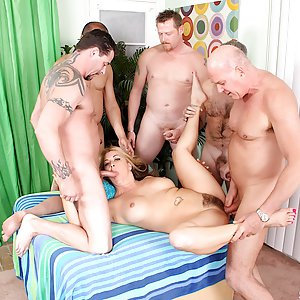 Sexy milf Joclyn Stone gets gangbanged by 5 dicks