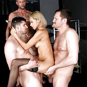 Veronica Leal - Meeting The Secretary. Gangbang